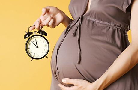 Как верно распознать признаки начала родов